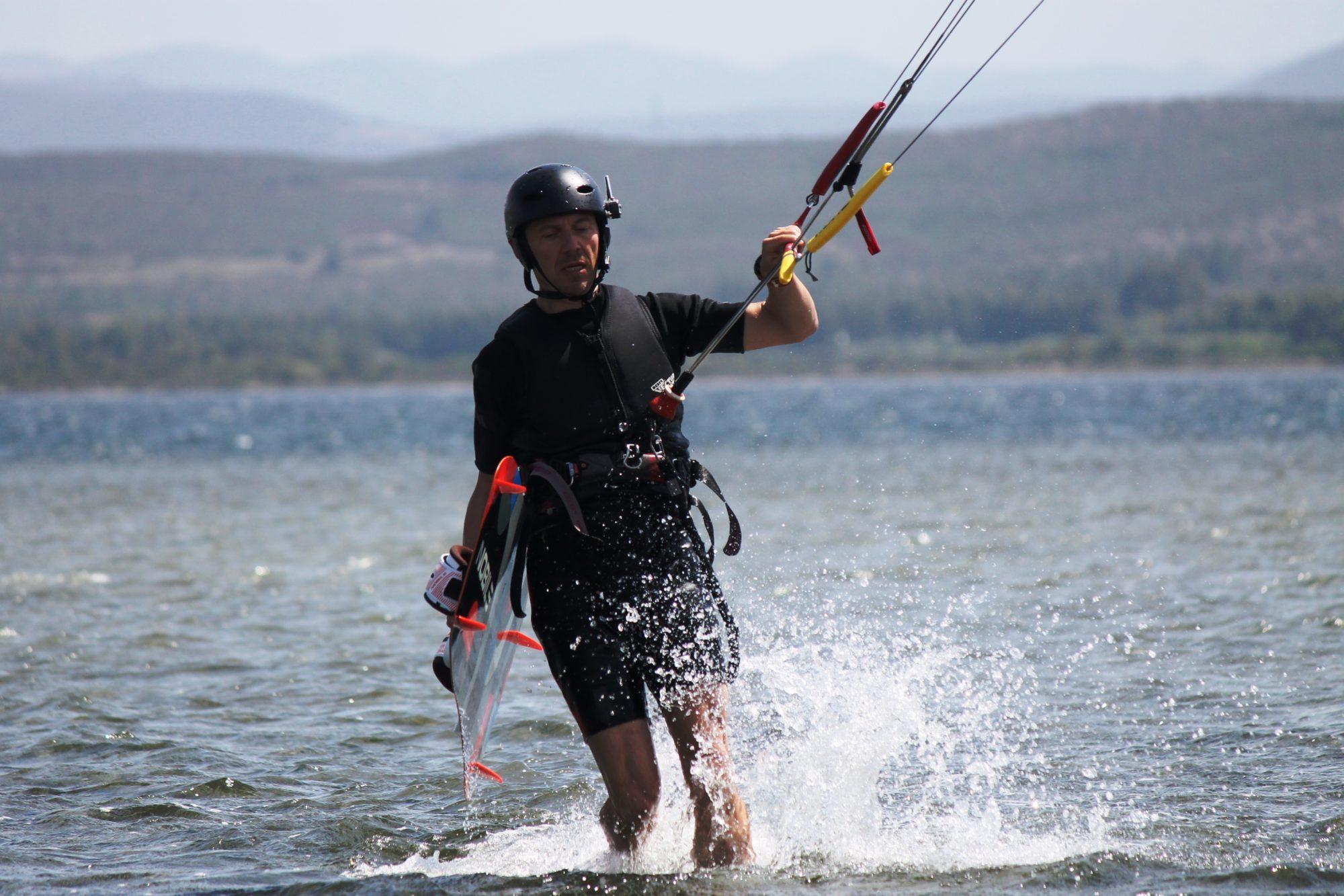 Learn Kitesurfing in Punta Trettu Sardinia