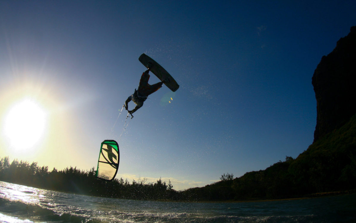 Intermediate Advanced Kite Lessons in Punta Trettu, Sardinia